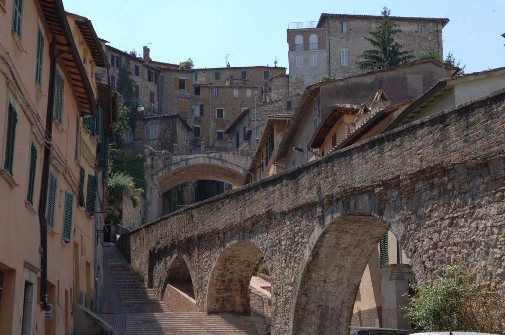 Acueducto-de-Perugia-1024x680 ▷ Que ver en Perugia. Las 5 cosas que ver en la ciudad del Chocolate
