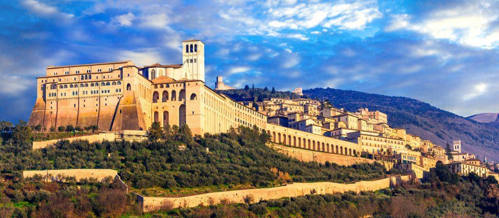 Assisi-1024x448 ▷ Que ver en Perugia. Las 5 cosas que ver en la ciudad del Chocolate