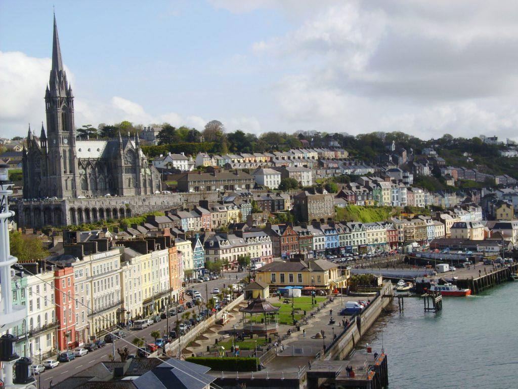 Cobh-1024x768 ▷ Que ver en Cork. Las 10 cosas que no te puedes perder en esta ciudad irlandesa