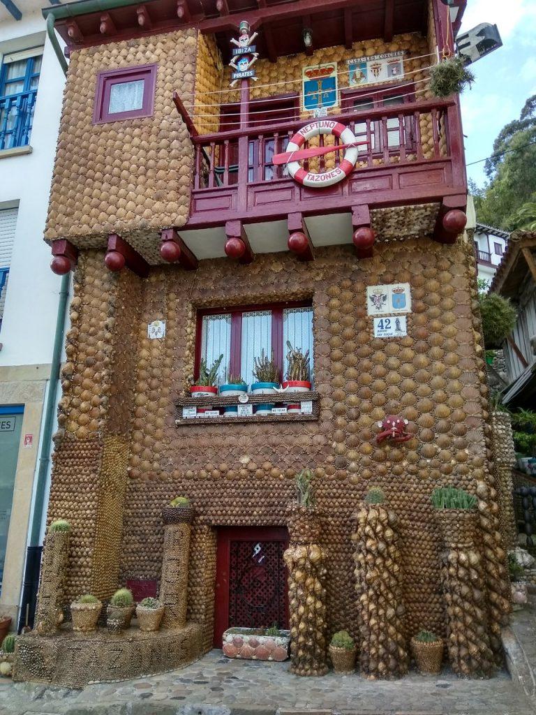Casa de las conchas tazones