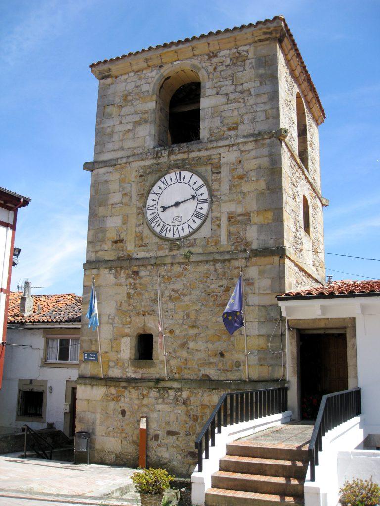 torre del reloj lastres