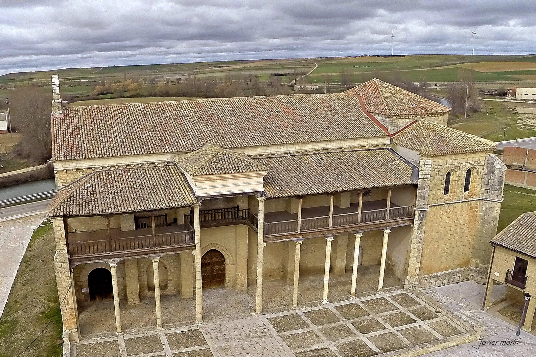 Iglesia de Santa Maria Becerril