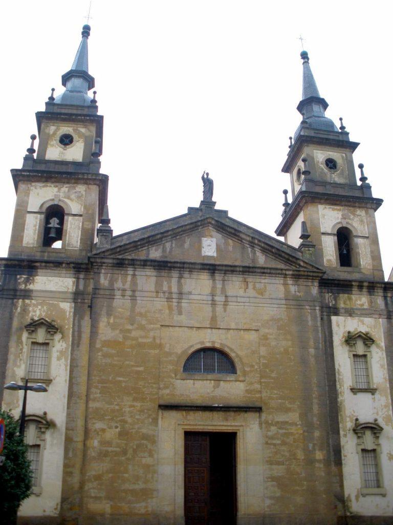 Iglesia de San Pedro de Pola de Siero