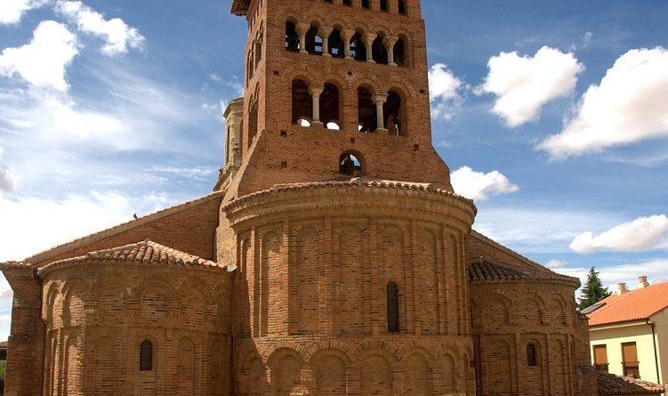 Iglesia-de-San-Tirso-Que-ver-en-Sahagun